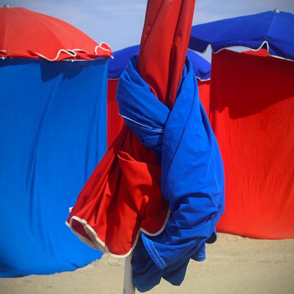 Parasols (J. Batho), Claude Decoray