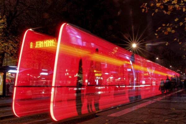 Alain - Tram rouge