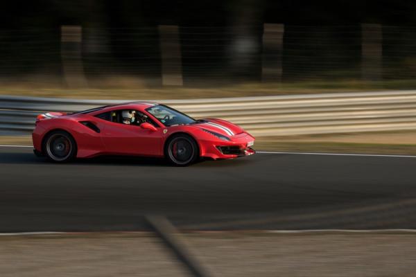 Les 500 Ferrari contre le cancer 2020