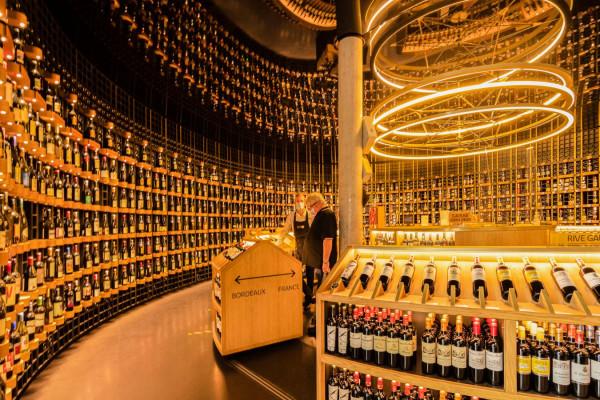 In vino veritas, Nicole Bureau 11ème/330